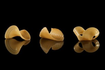 Shape-shifting noodles